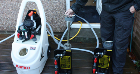 Powerflushing equipment